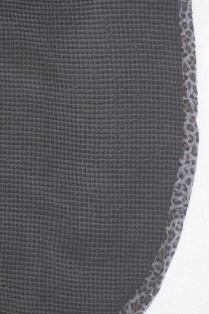forestime vetement senior bavoir adulte foulard de table flore gris dos