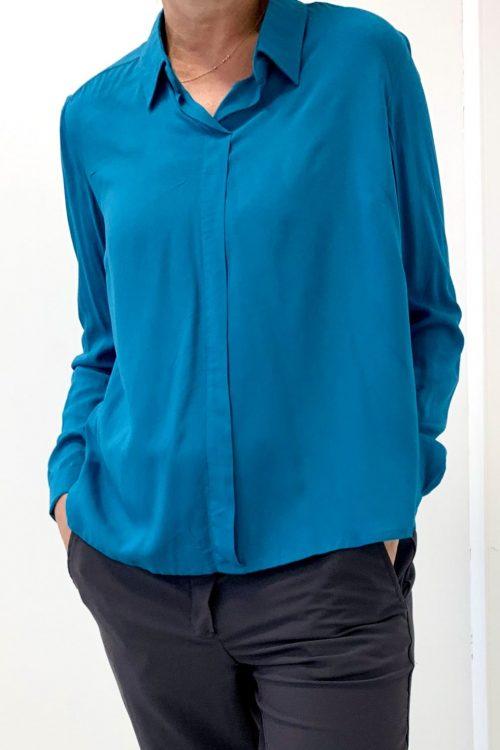 chemisier facilite l'habillage par l'aidant clara bleu canard vue devant