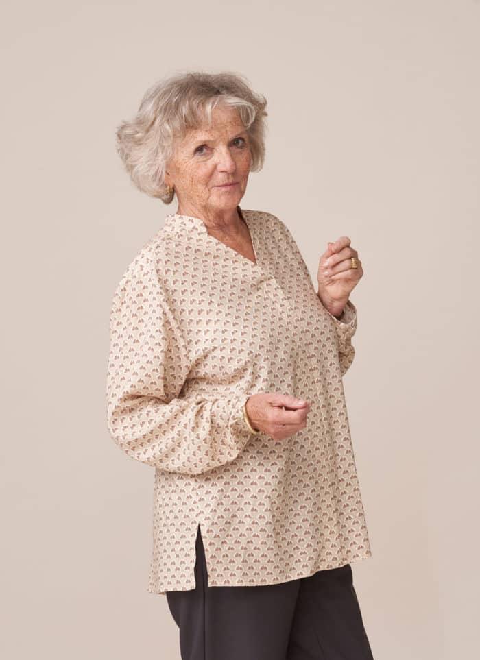 forestime vêtement adapté personne dépendante habillage facile tunique imprimé beige thais