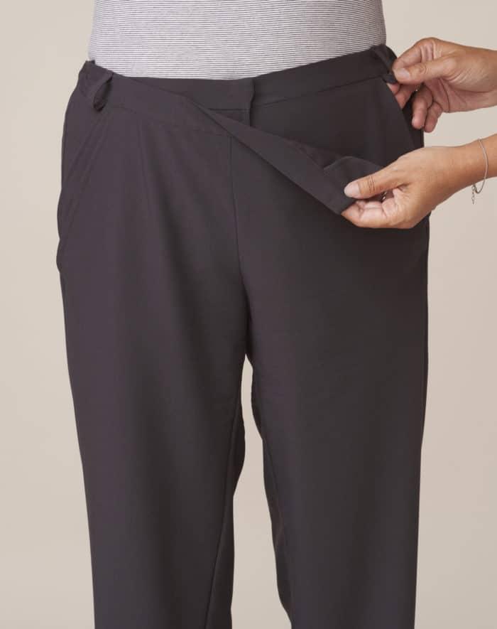 pantalon avec large ouverture pour faciliter habillage et change