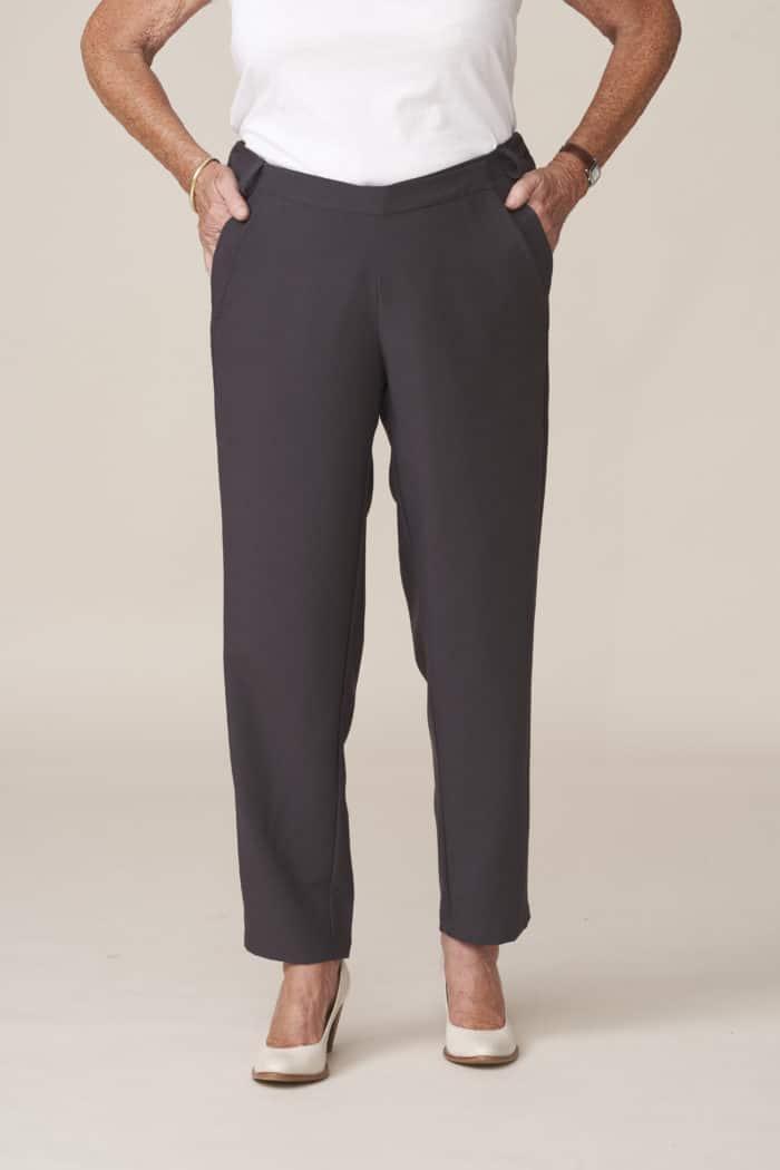 pantalon adapté pour personne non autonome facile à enfiler et à fermer