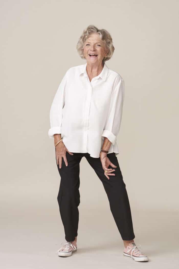 vêtements chics et confortables adaptés aux seniors