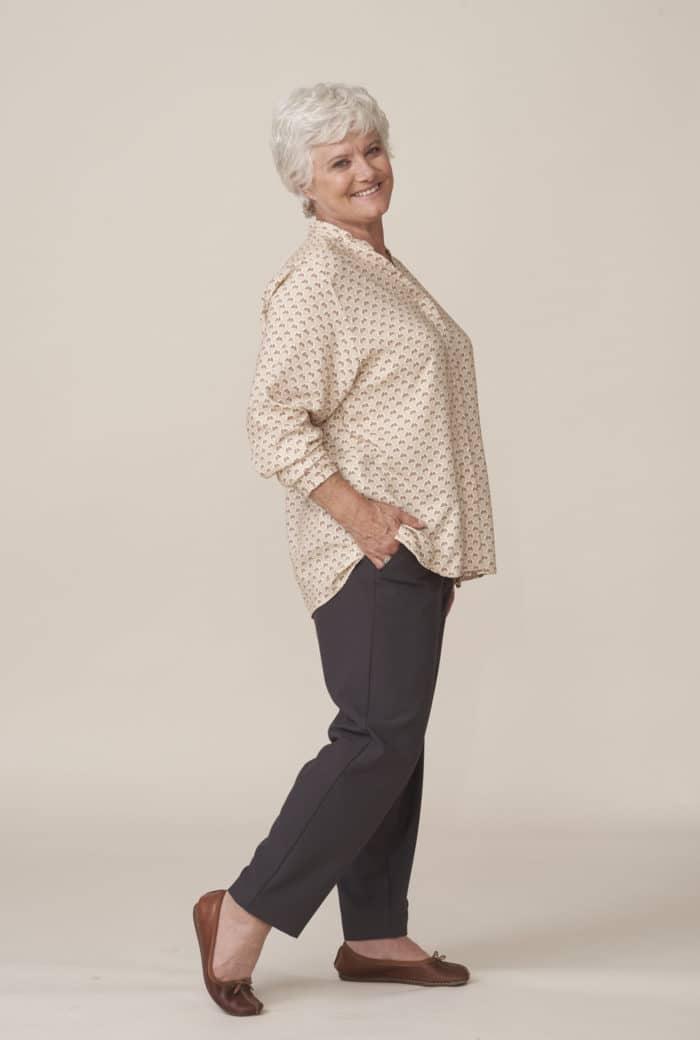 vêtements chics et confortables pour seniors