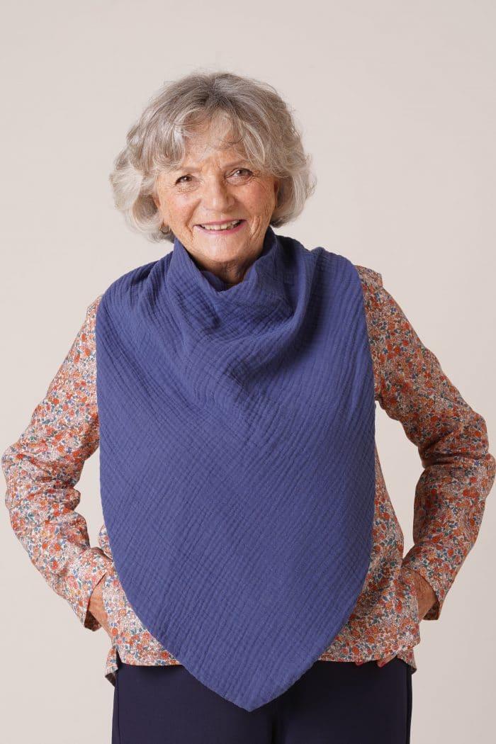 bavoir adulte pour personne âgée Flore mixte bleu indigo