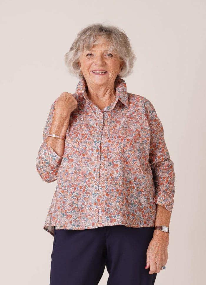 Chemisier en coton pour personne âgée Charlotte fleurs roses